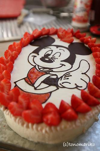 ドナルドの誕生日はミッキーで♪_c0024345_1552474.jpg