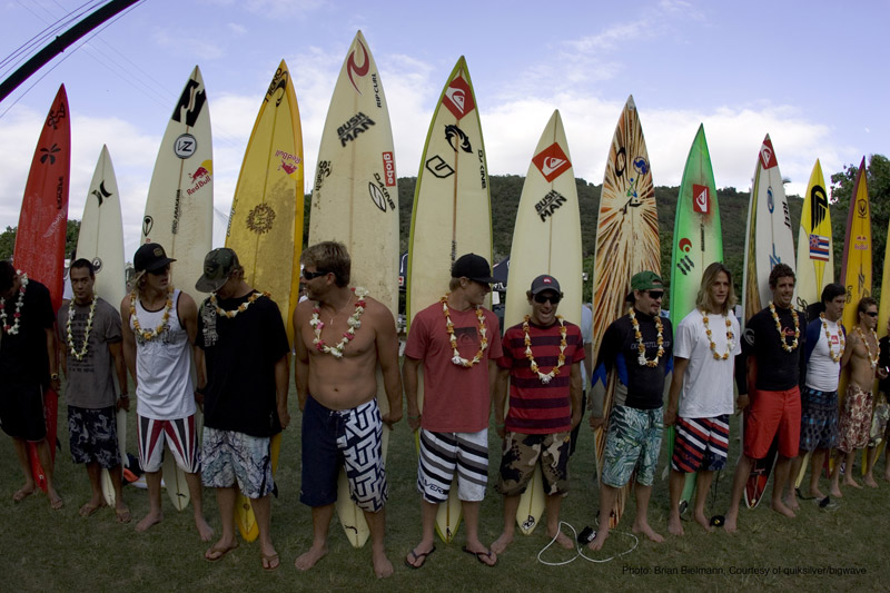 QUIKSILVER BIG WAVE INVITATIONAL IN MEMORY OF EDDIE AIKAU_f0011179_1019897.jpg