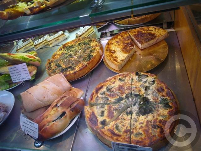 ■街角の食(パリ)_a0014299_9211745.jpg