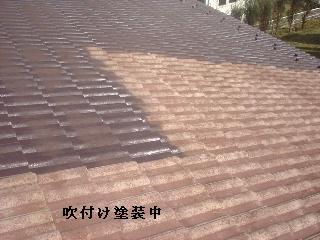 屋根塗装・・2日目_f0031037_21123386.jpg
