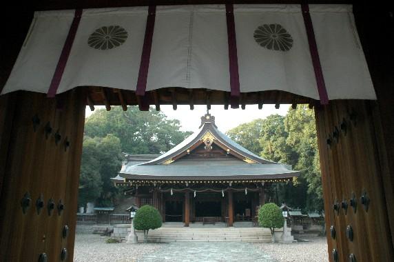 竈山神社 (かまやまじんじゃ)_b0093754_23584756.jpg