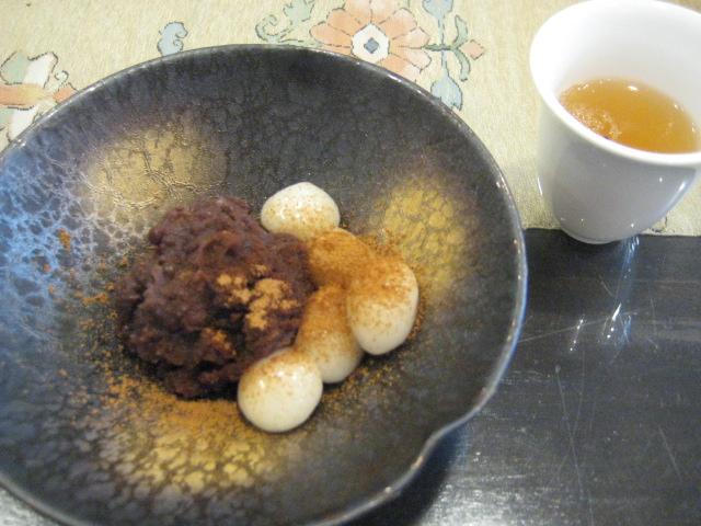 茶茶の間_a0091095_1630359.jpg