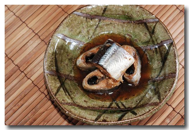 秋刀魚の筒煮 ほんのり山椒風味(前編)..... 骨までホクホク食せます!_d0069838_14222857.jpg