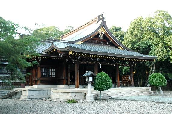 竈山神社 (かまやまじんじゃ)_b0093754_011297.jpg