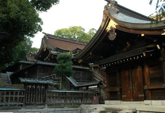 竈山神社 (かまやまじんじゃ)_b0093754_012681.jpg