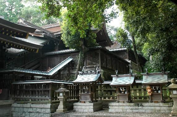 竈山神社 (かまやまじんじゃ)_b0093754_013817.jpg