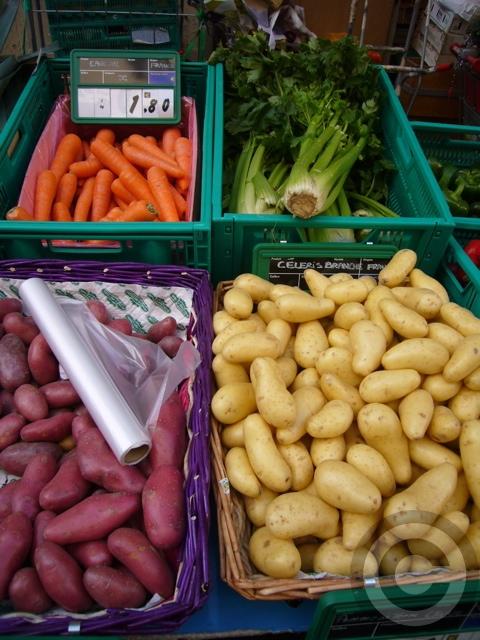 ■街角の野菜たち(サンジェルマン界隈)_a0014299_7123652.jpg