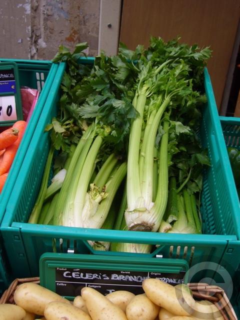 ■街角の野菜たち(サンジェルマン界隈)_a0014299_7133159.jpg