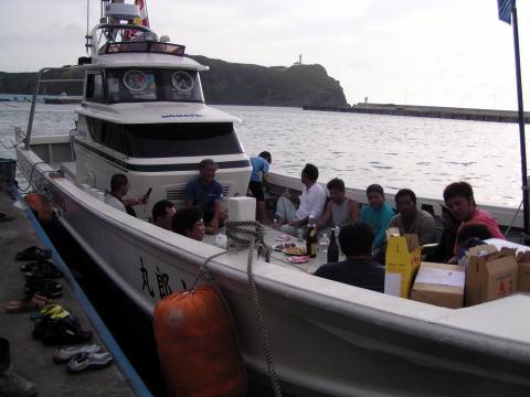 沖縄のチャーターボート大型化 進む!!        [カジキ マグロ トローリング] _f0009039_21413659.jpg