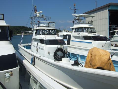 沖縄のチャーターボート大型化 進む!!        [カジキ マグロ トローリング] _f0009039_21544164.jpg