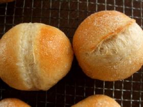 ホシノと南部小麦で、ブールとプチパン_c0110869_22411623.jpg