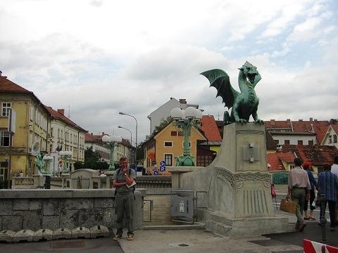 2日目(8/23):スロヴェニア 首都「リュブリャーナ」(1)_a0039199_21245776.jpg