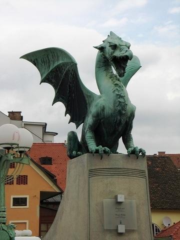 2日目(8/23):スロヴェニア 首都「リュブリャーナ」(1)_a0039199_212517100.jpg