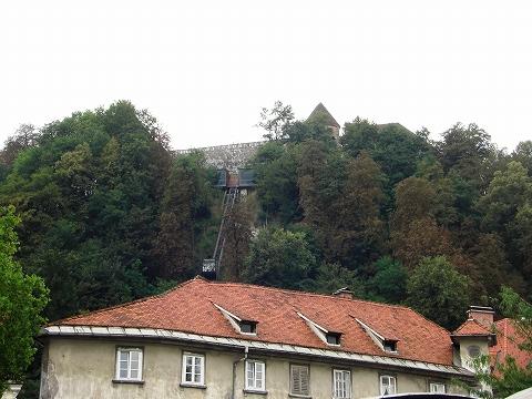 2日目(8/23):スロヴェニア 首都「リュブリャーナ」(1)_a0039199_21273336.jpg