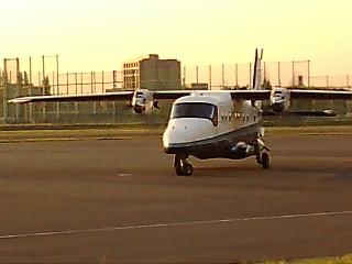 近所の飛行場での一時♪_b0032617_18164096.jpg
