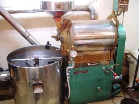 中古焙煎機売ります。・・・・直火8キロ釜ラッキー改造_c0020639_23382718.jpg