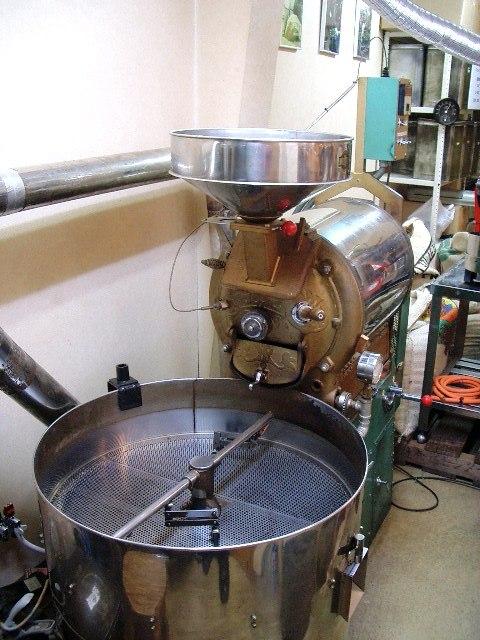 中古焙煎機売ります。・・・・直火8キロ釜ラッキー改造_c0020639_23395041.jpg