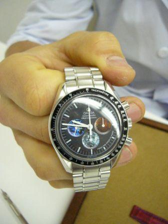 時計のムードはベルト交換で変わる_f0039351_2246467.jpg
