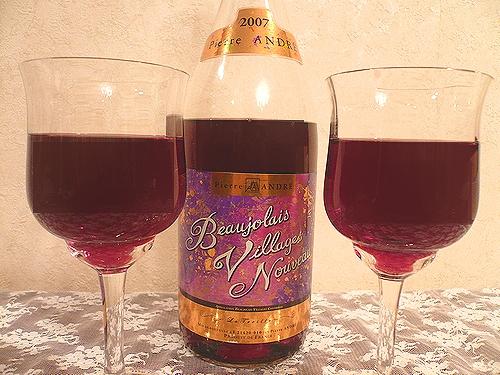 Beaujolais Nouveau 2007 ボジョレーヌーボーで乾杯 ~♪。..。.゚。*・。♬♪_a0053662_23294749.jpg