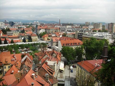 2日目(8/23):スロヴェニア 首都「リュブリャーナ」(2)_a0039199_20393943.jpg