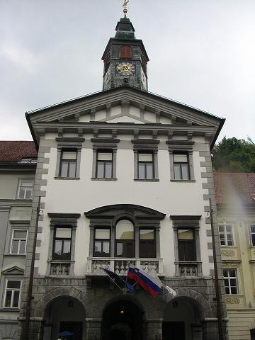 2日目(8/23):スロヴェニア 首都「リュブリャーナ」(2)_a0039199_20441288.jpg