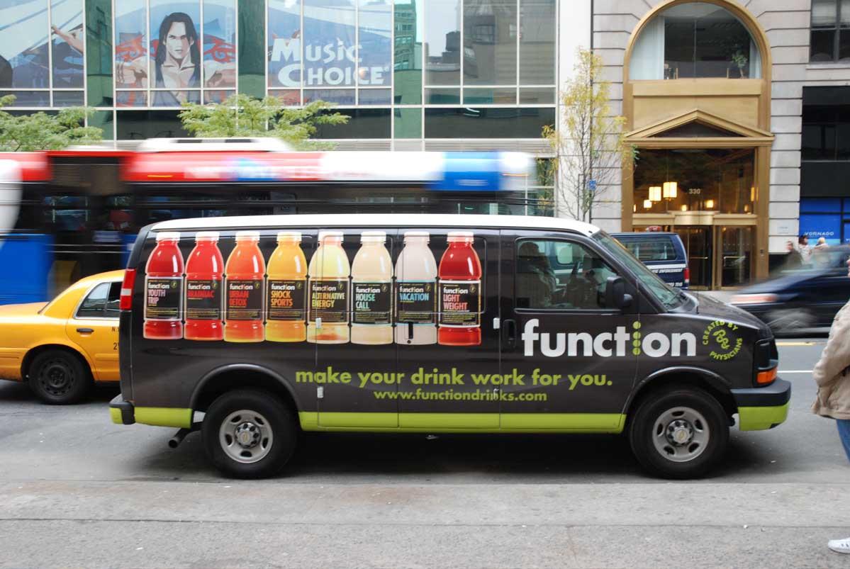「ここにも Futura」10年_f0144064_6024100.jpg