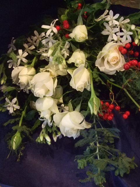 オークリーフ(季節は秋からクリスマスへ)_f0049672_17201059.jpg