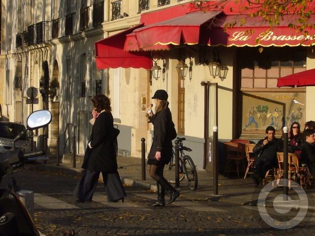 ■寒くても・・・アイスクリーム!(パリ)_a0014299_7123631.jpg