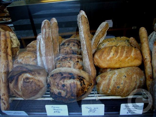 ■街角のパン&スイーツ(パリ)_a0014299_12523244.jpg