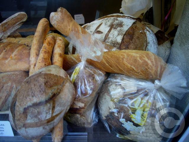■街角のパン&スイーツ(パリ)_a0014299_12525198.jpg