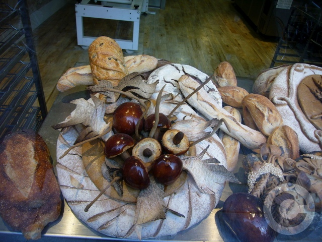 ■街角のパン&スイーツ(パリ)_a0014299_1253970.jpg