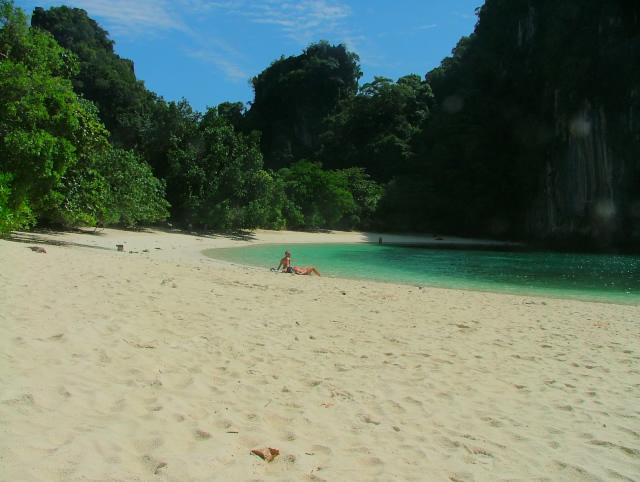タイの風景 クラビー周辺は魅惑の島がいっぱい!_f0024992_11242118.jpg