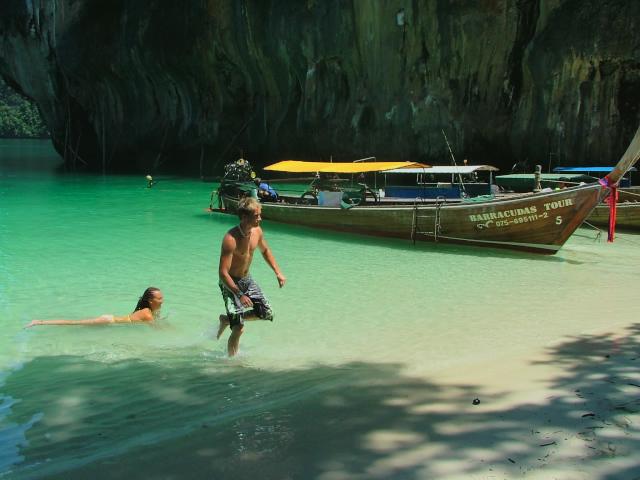 タイの風景 クラビー周辺は魅惑の島がいっぱい!_f0024992_9144862.jpg