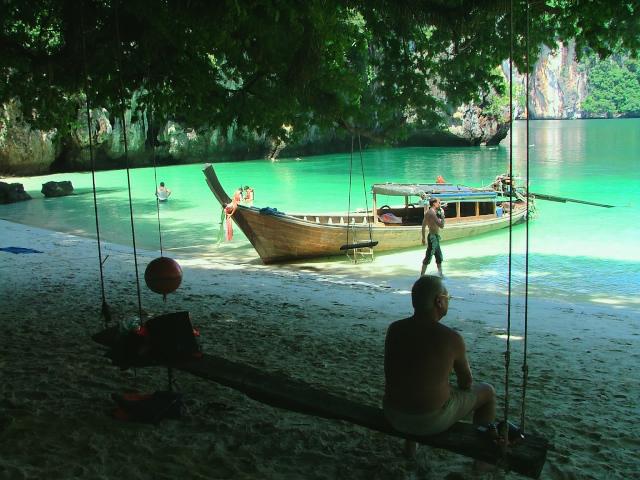 タイの風景 クラビー周辺は魅惑の島がいっぱい!_f0024992_9151316.jpg