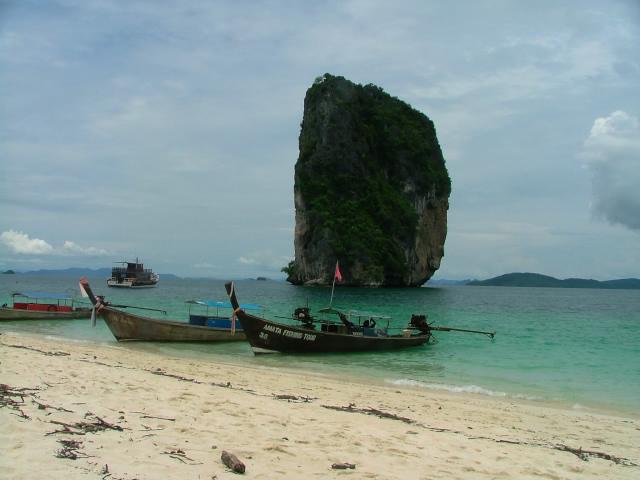 タイの風景 クラビー周辺は魅惑の島がいっぱい!_f0024992_9192829.jpg