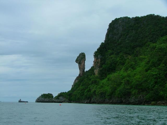 タイの風景 クラビー周辺は魅惑の島がいっぱい!_f0024992_9493284.jpg