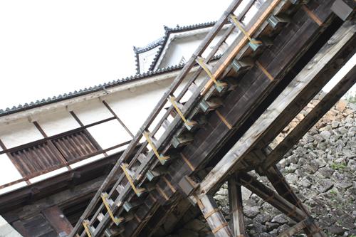 彦根城_e0076761_2301672.jpg