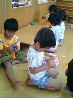 手編みマフラー作り_b0117125_18283036.jpg