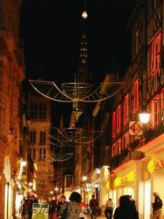 フランス世界遺産めぐり8日間の旅 ② ルーアンの夜_c0134734_1565433.jpg