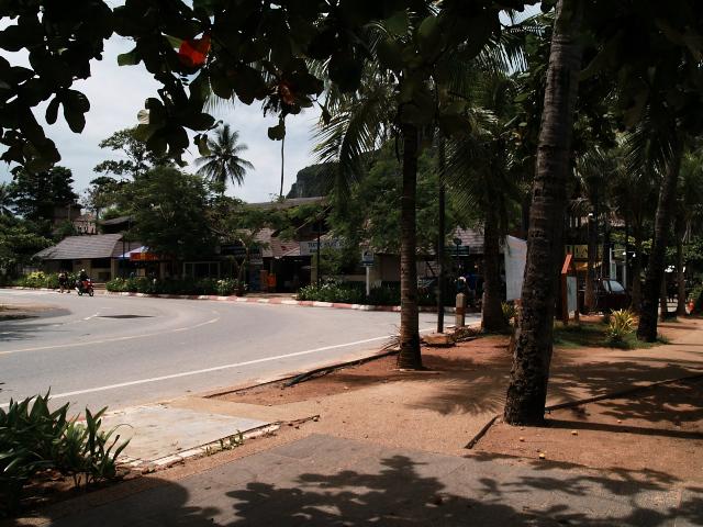タイの風景 あれこれアオナン・ビーチ _f0024992_1191158.jpg
