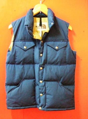 70年代 茶タグ NORTH FACE VEST_c0144020_13351936.jpg