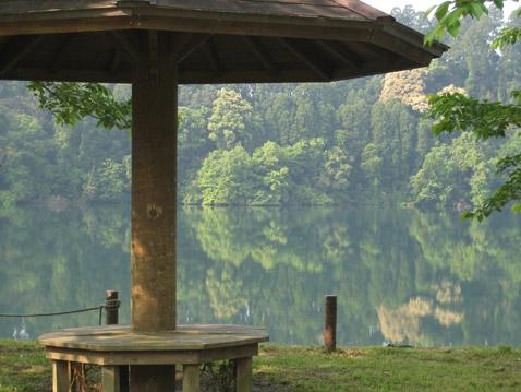 湖のカフェ_c0107829_23405143.jpg