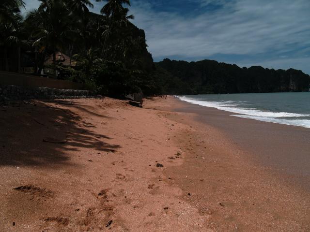 タイの風景 あれこれアオナン・ビーチ _f0024992_8385295.jpg