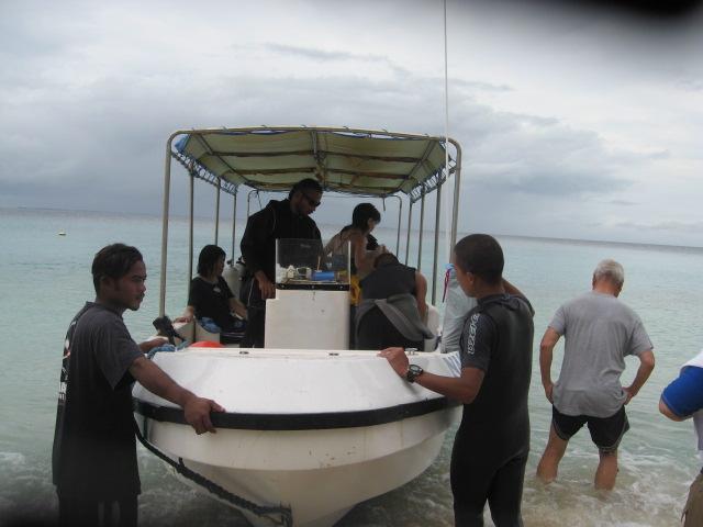 マジェロ(マーシャル環礁)を潜ること_d0102413_1859545.jpg