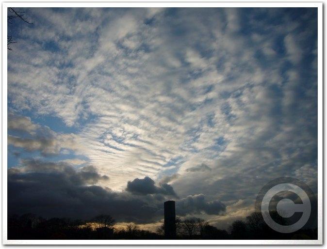 ■今日のパリの空(11月23日)_a0008105_822888.jpg