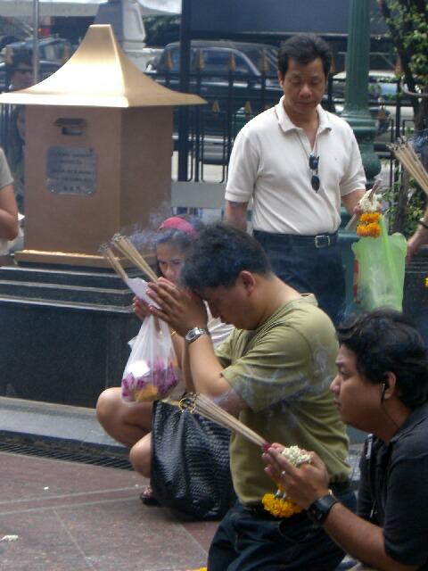 バンコクは大都会_d0133225_1847419.jpg