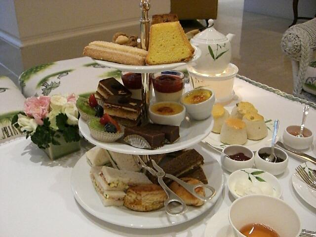 オリエンタルホテルでお茶を♪_d0133225_1952112.jpg