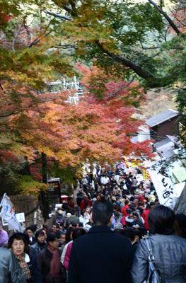 飛鳥から談山神社 この秋落慶された美しい十三重塔_d0055236_10445876.jpg