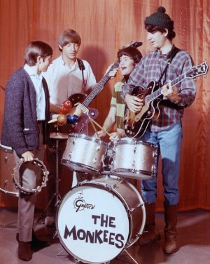 Monkees 「The Monkees」(1966)_c0048418_19374287.jpg