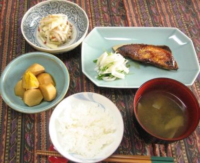 11/25(日)ぶりの鍋照り焼きと里芋煮っこがし_d0031682_14225676.jpg